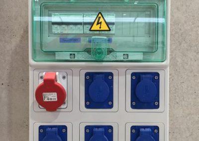 INSTALACION ELECTRICA TALLER MECANICO EN LA RODA
