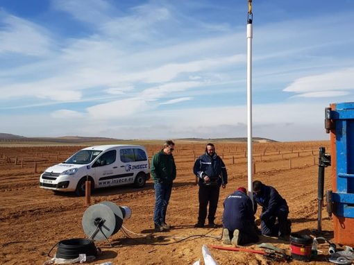 Instalación de bomba sumergida de 10 CV con tubería de uPVC para riego de almendros